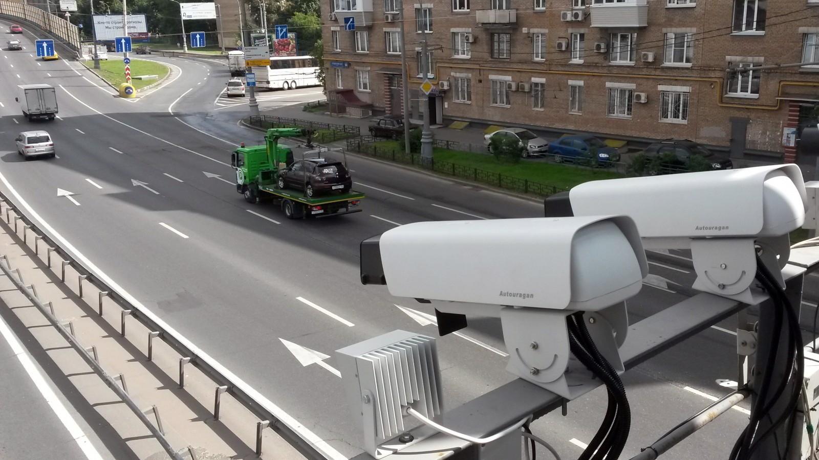 Дорожные камеры в Российской Федерации выписали 61 млн. штрафов загод