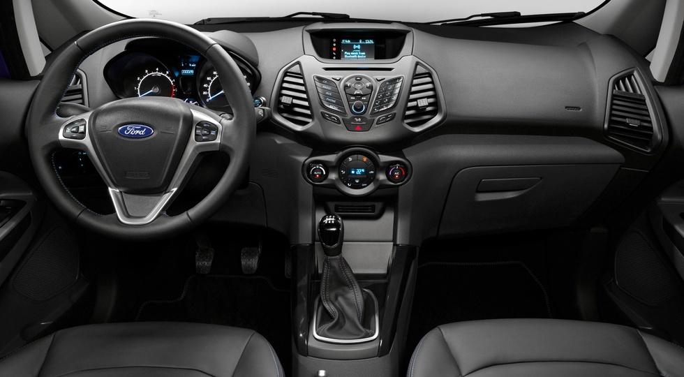 На фото: интерьер российской версии Ford EcoSport