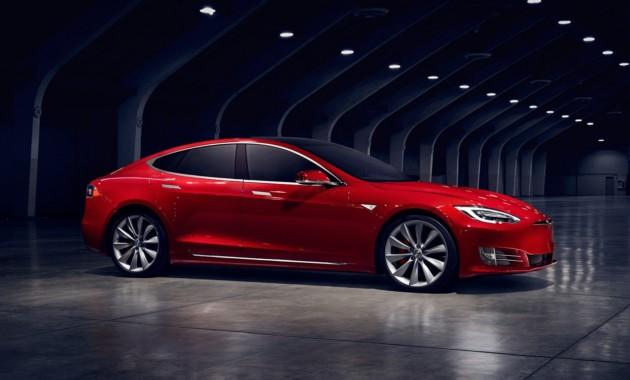 В РФ упали продажи Tesla