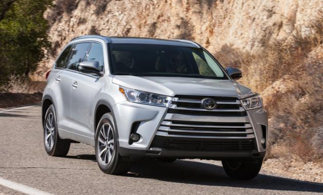 Toyota Highlander заработал высшую оценку по безопасности