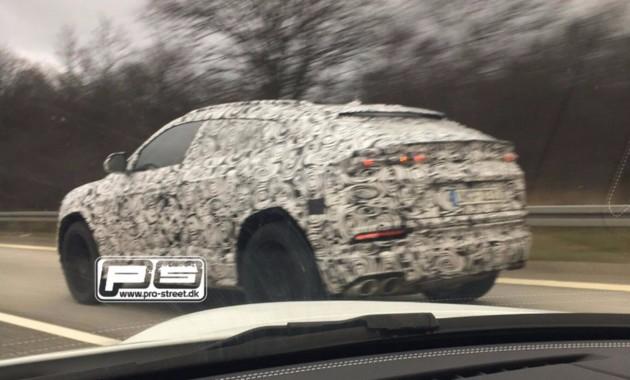 Lamborghini тестирует кроссовер Urus