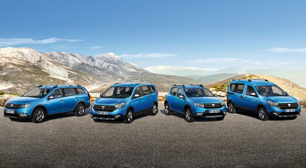 На фото, слева-направо: Dacia Logan MCV Stepway, Dokker Stepway, Sandero Stepwy и Lodgy Stepway