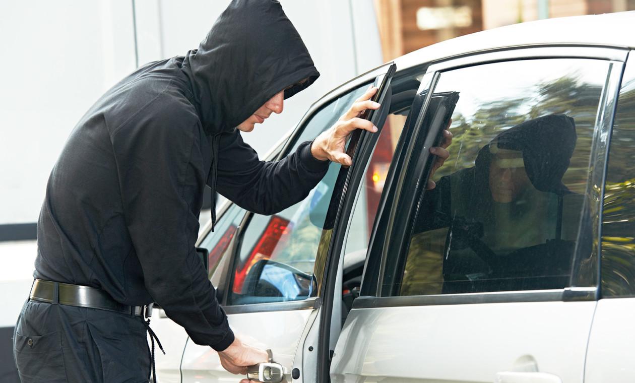 самый простой способ защиты автомобиля от угона Поглядим еще