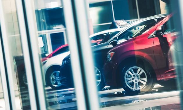 Сразу 20 автопроизводителей подняли цены наавтомобили для граждан России
