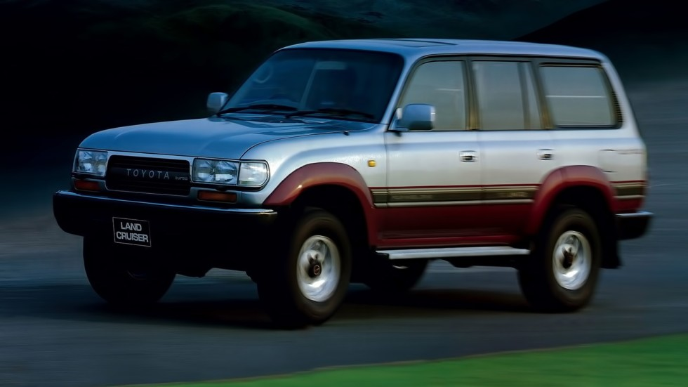 На фото: Toyota Land Cruiser 80 '1989–92