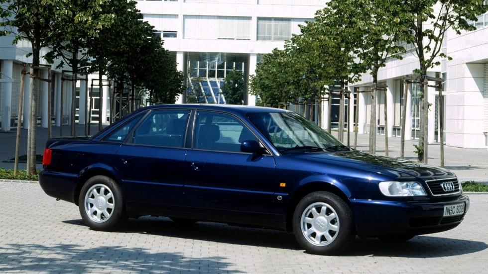 На фото: Audi A6 C4 1994 -1997