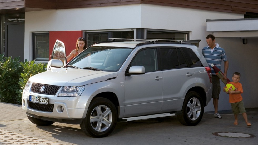 На фото: Suzuki Grand Vitara, 5-ти дверная версия