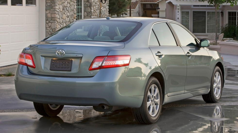 toyota_camry_le_2