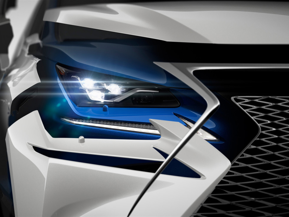 Обновлённый Lexus NX