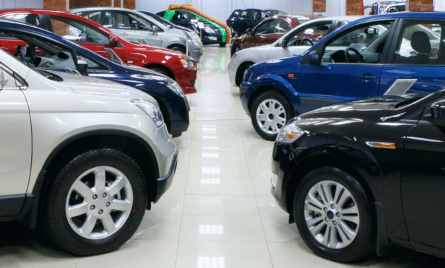 Продажи новых легковых машин в Российской Федерации упали на4,1%