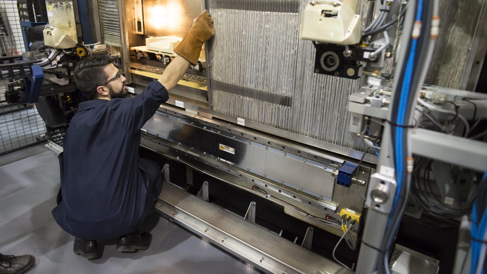 Форд  будет печатать детали для авто  на3D-принтере