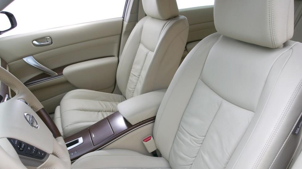 На фото: Интерьер Nissan Teana (J32) '2008–11
