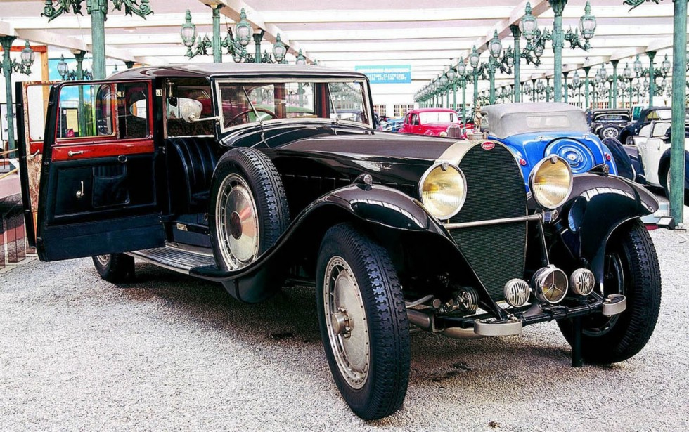 Самый крупный и дорогой лимузин Bugatti-41 Royal. 1933 год (фото автора)