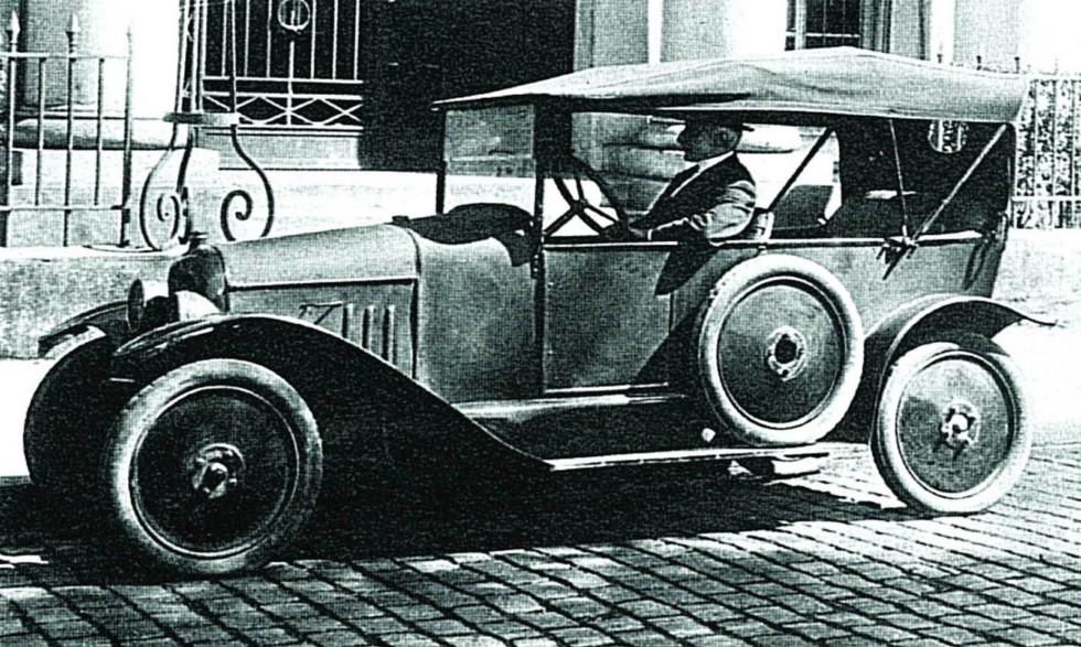 Первый в Европе массовый легковой автомобиль Citroёn-10CV. 1919 год