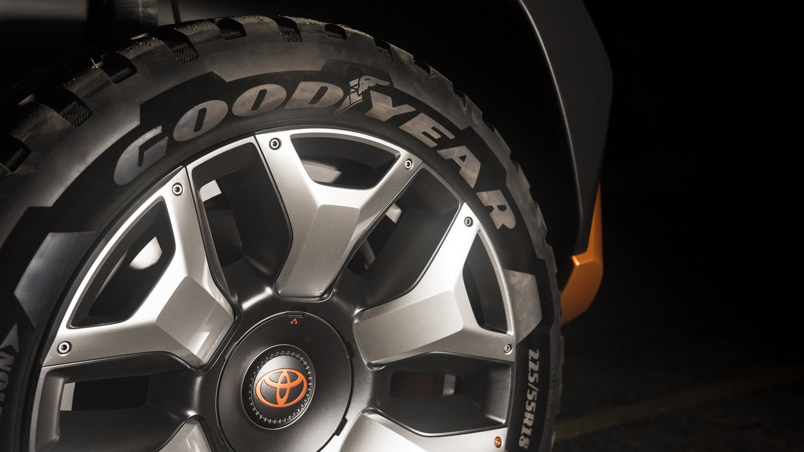Тойота представит вНью-Йорке преемника джипа FJCruiser