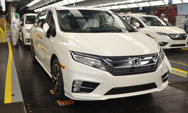 Улучшенный Хонда Odyssey встал наконвейер вСША