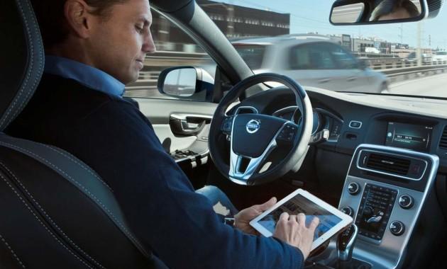 Минпромторг хочет стимулировать внедрение систем беспилотного вождения транспорта