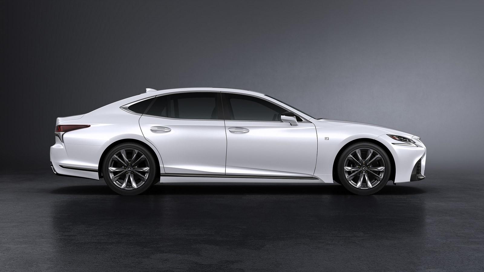Lexus показал седанLS 500 вверсии FSport