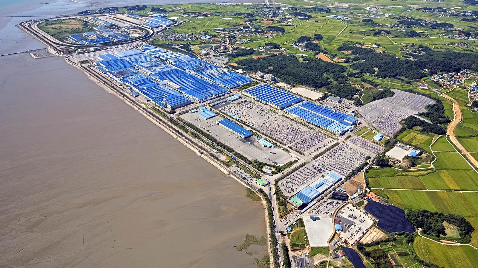 Kia строит в Китае третий завод