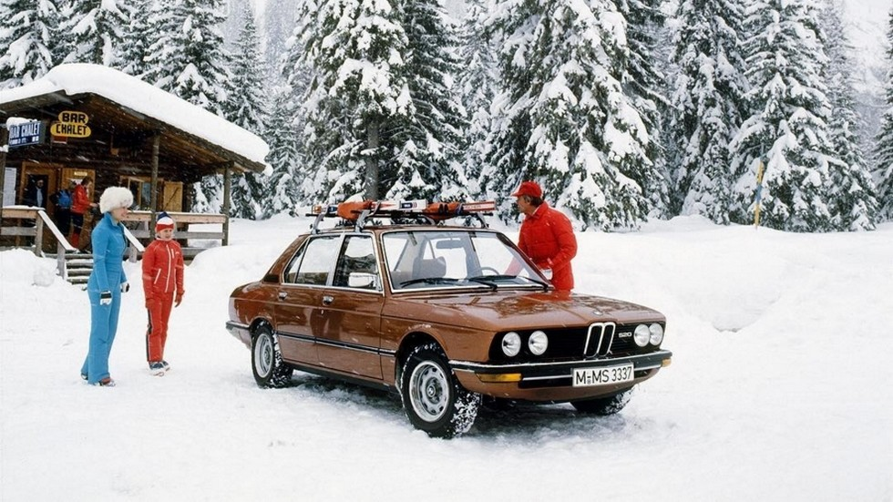 На фото: BMW 520 Sedan (E12) '1976–1981