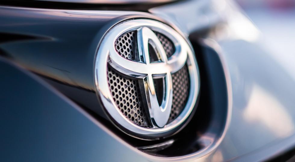 Сначала года россияне потратили напокупку новых авто 400 миллиардов рублей