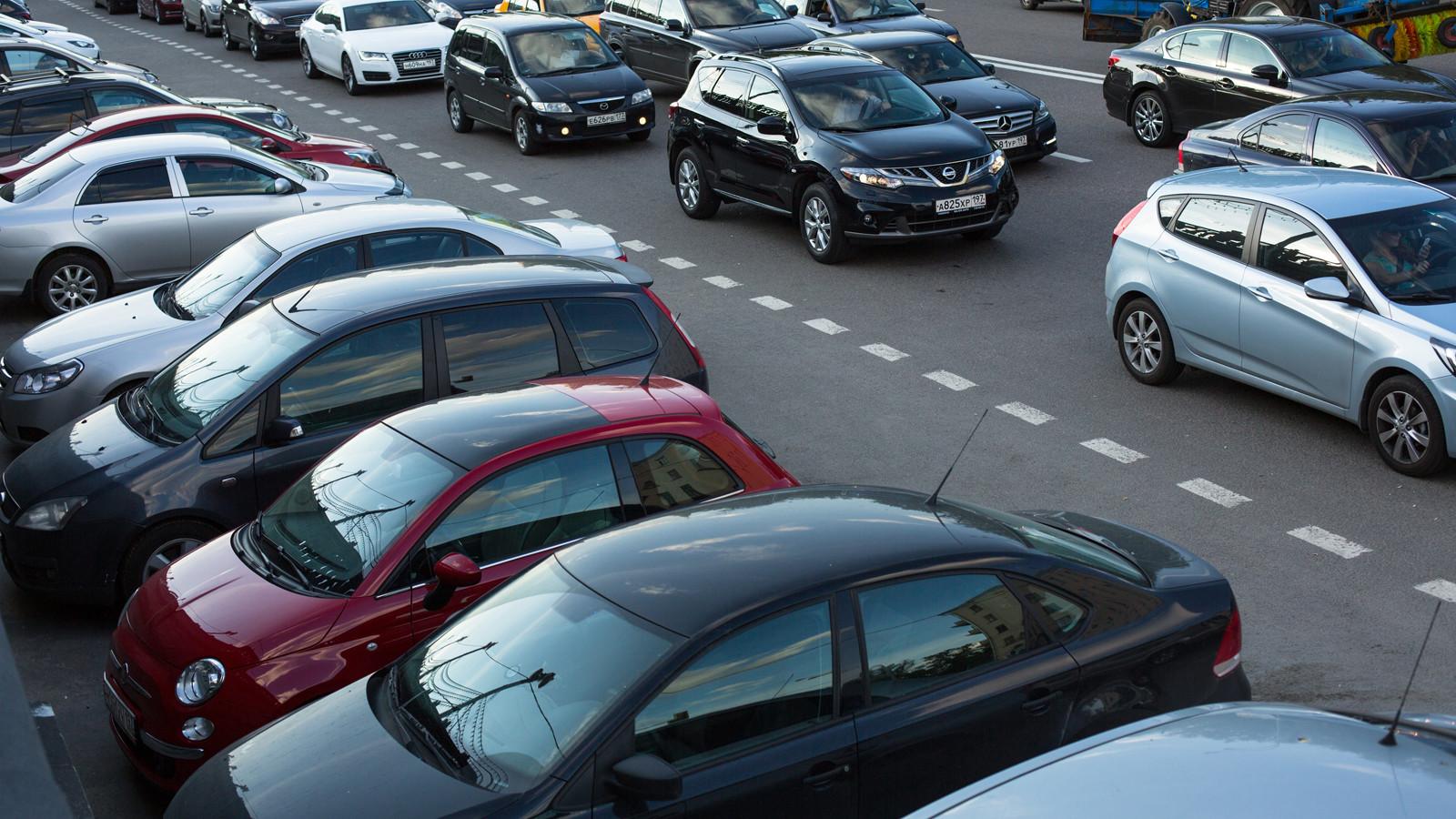 Верховный суд может исключить изПДД запрещающие остановку истоянку дорожные знаки
