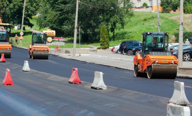 ВластиРФ поделили 10 млрд руб. между регионами настроительство дорог