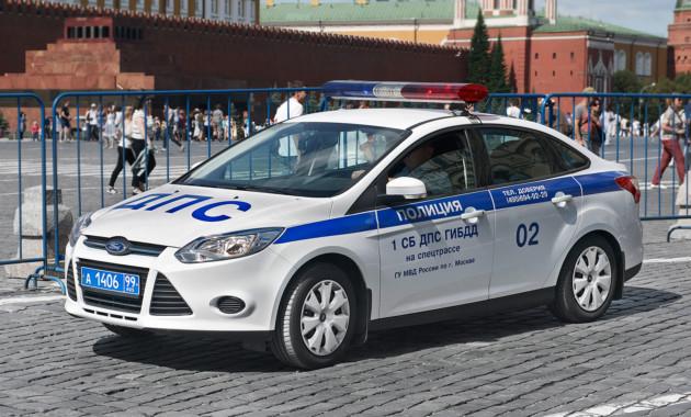 Водителей, непропустивших авто соспецсигналами, посоветовали лишать прав