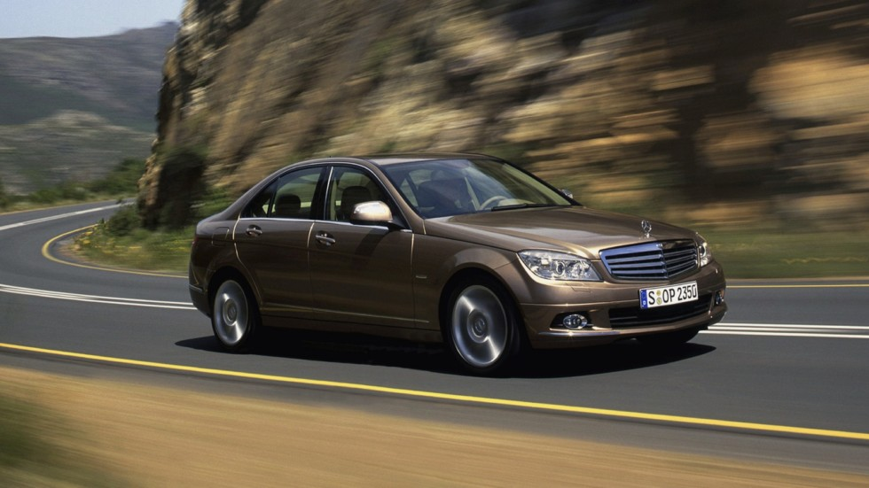 На фото: Mercedes-Benz (W204) '2007–11