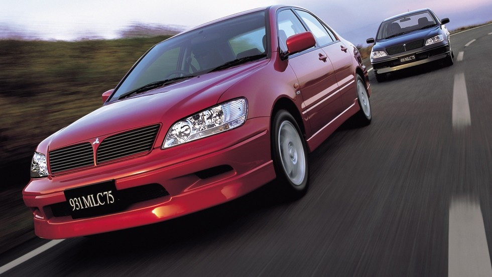 На фото: Mitsubishi Lancer Cedia '2000–2003
