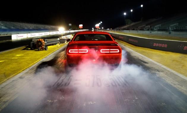 Dodge Challenger «Демон» будет работать налюбом горючем