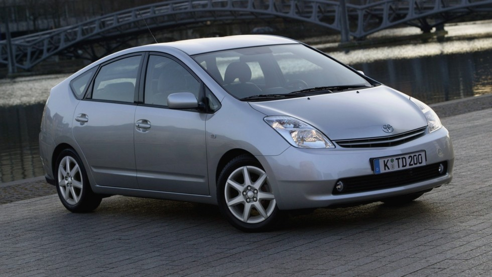 На фото: Toyota Prius '2003–09