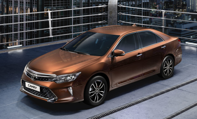 Тойота  представила обновленную Camry для Российской Федерации