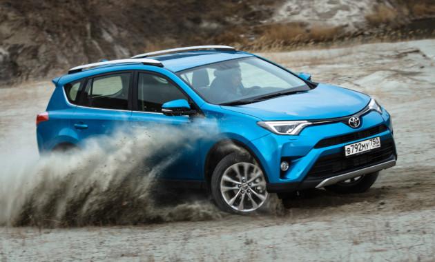 28АпрОбъём продаж машин сегмента SUV в России увеличился в начале 2017 года