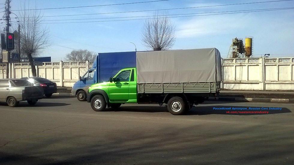 Новый фургон УАЗ «Карго» был замечен наиспытаниях