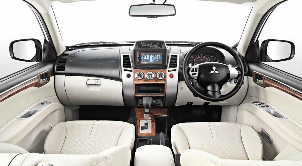 Русские продажи Митцубиши Pajero Sport превысили ожидаемый уровень