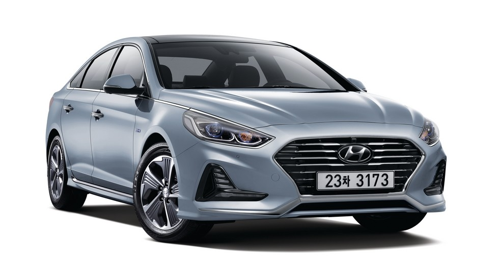 Хюндай начала продажи свежей Sonata Hybrid