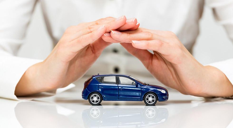 Названа сумма нанесенного любителям автомобилей ущерба отурагана в столице