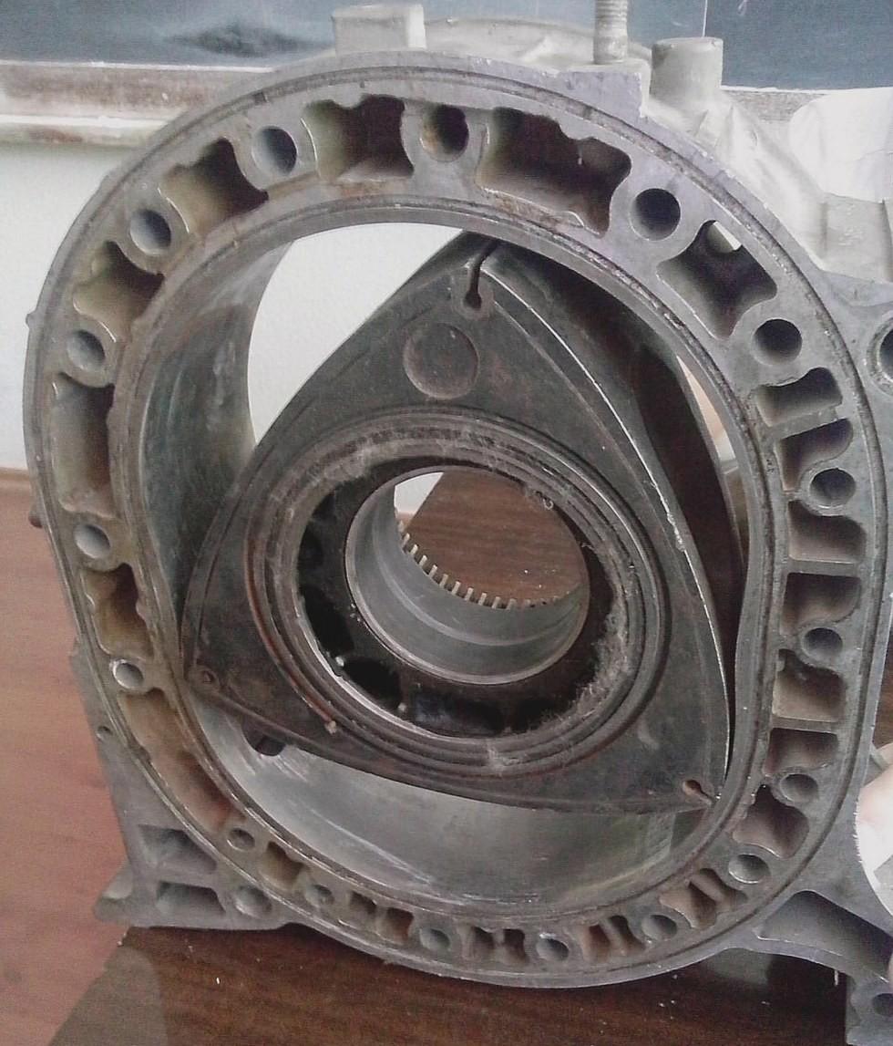 Мотор в Тольятти конструировали, тщательно изучив изнутри японский агрегат. Получилось, но не сразу.
