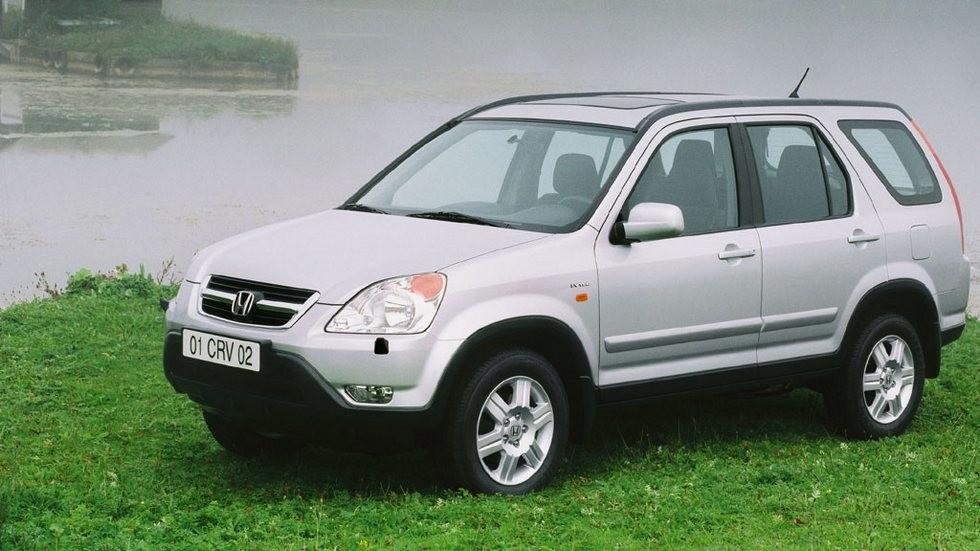 На фото: Honda CR-V '2001–05