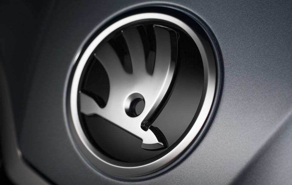 Названы средние цены иномарок и русских авто в 2017г.