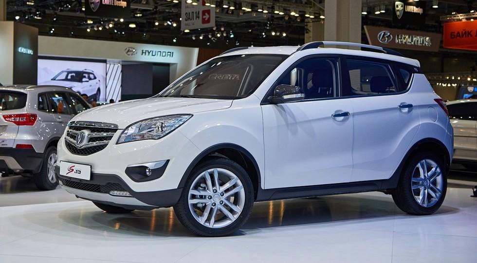 Апрельские продажи китайских авто в РФ упали на16%
