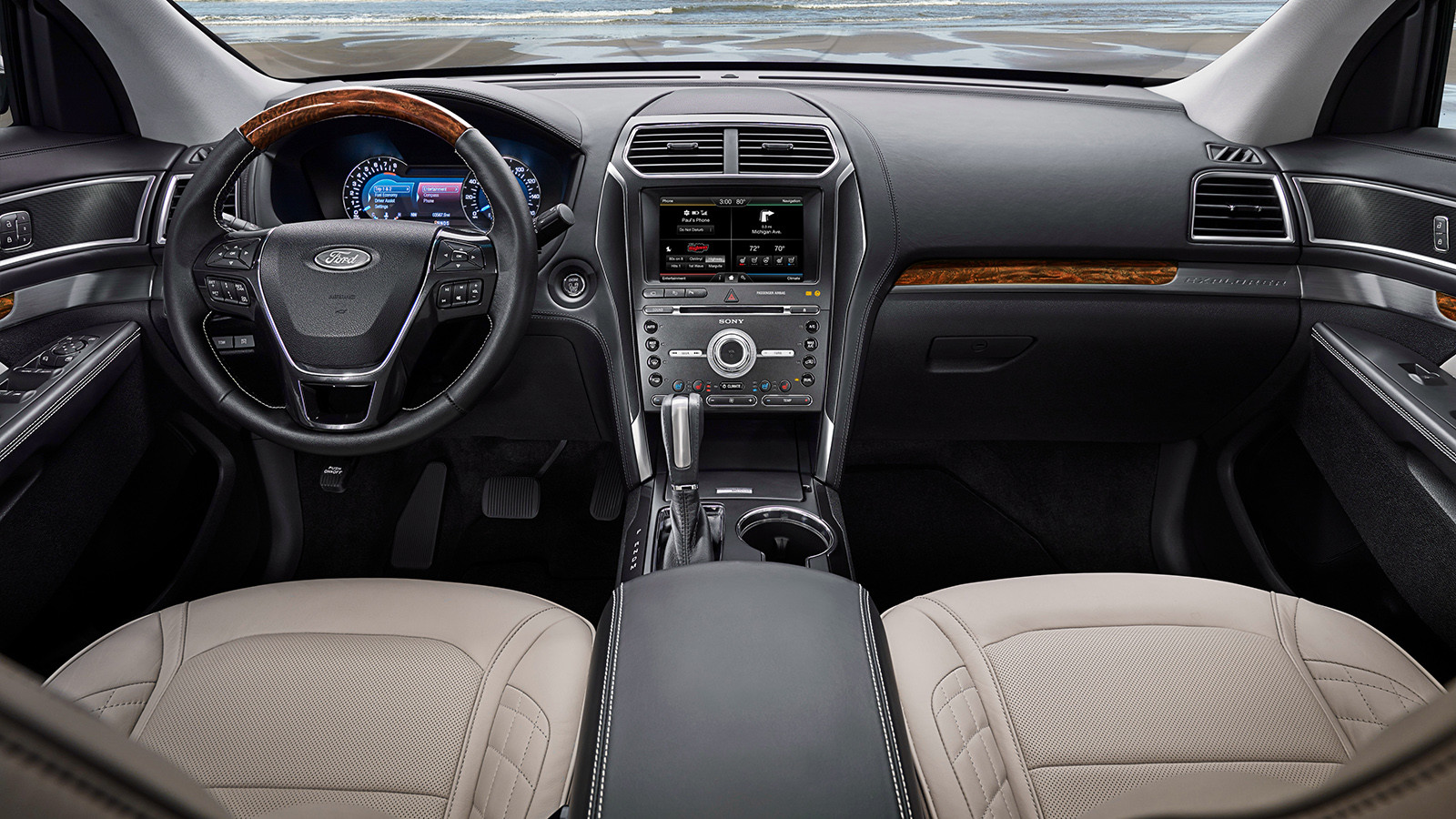Завод Форд вЕлабуге выпустил 15-тысячный Форд Explorer