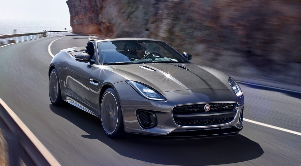 Ягуар назвал рублевую стоимость F-Type счетырехцилиндровым двигателем