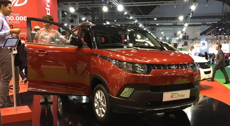 На фото: Mahindra KUV100, версия для Европы