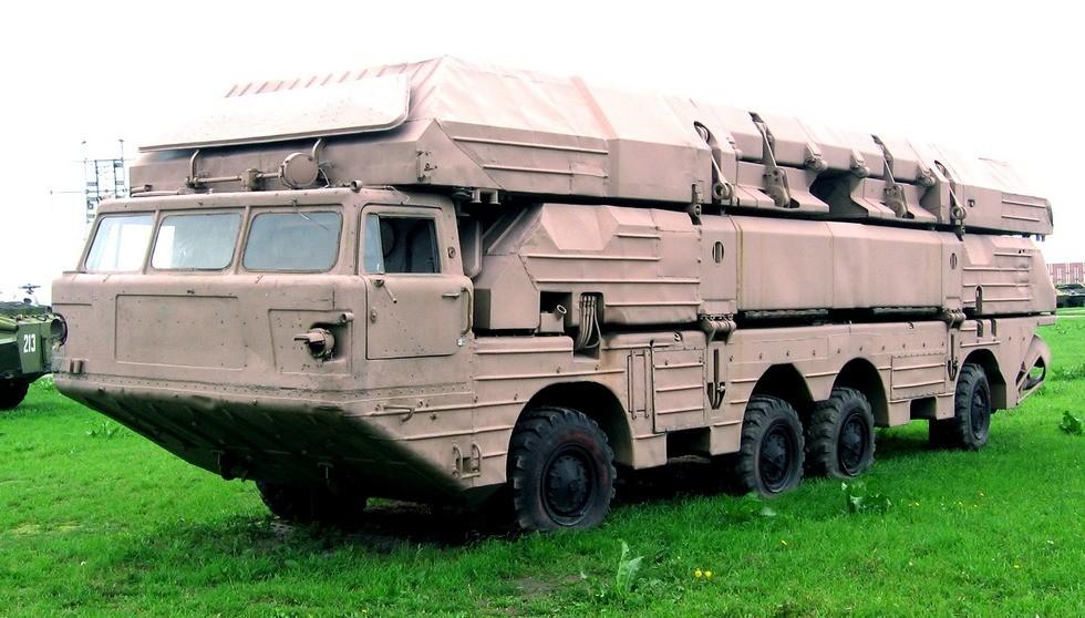 Понтонно-мостовая машина ПММ на 300-сильном шасси БАЗ-135МБ (фото К. Дунаева)