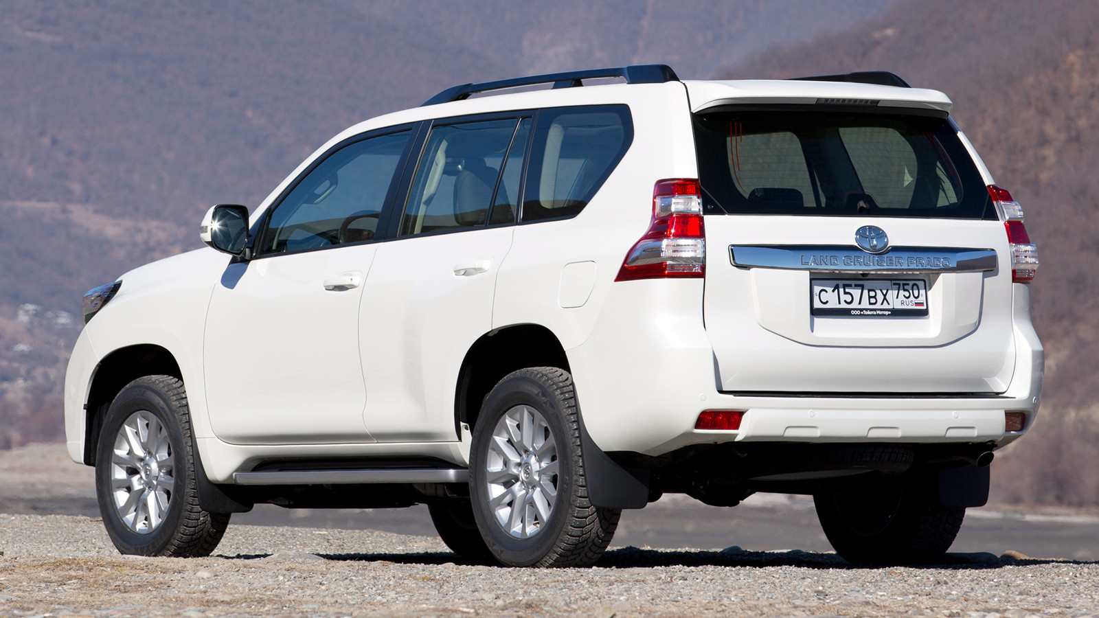 Русский  Тойота  Land Cruiser Prado получил предпусковой подогреватель