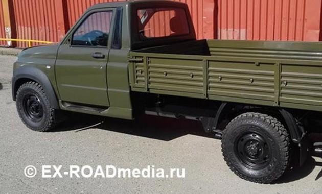 Отечественный грузовой лидер: вСеть «утекли» первые фото нового УАЗ «Профи»