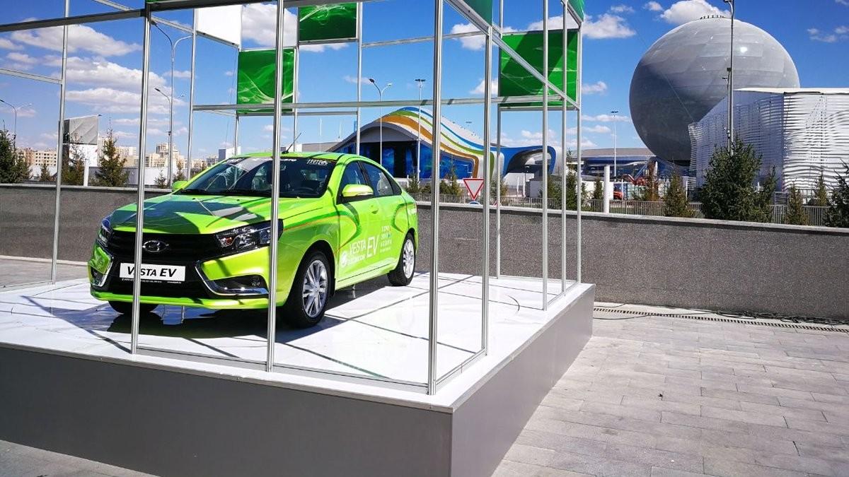 Компания «Азия Авто» представила электрическую версию Лада Vesta