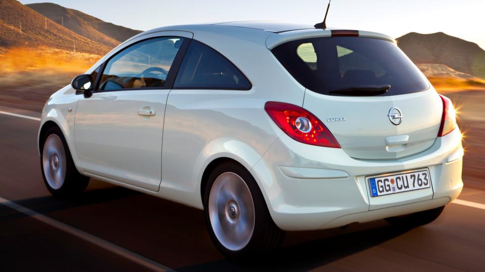 На фото: Opel Corsa 3-door (D) '2010–14